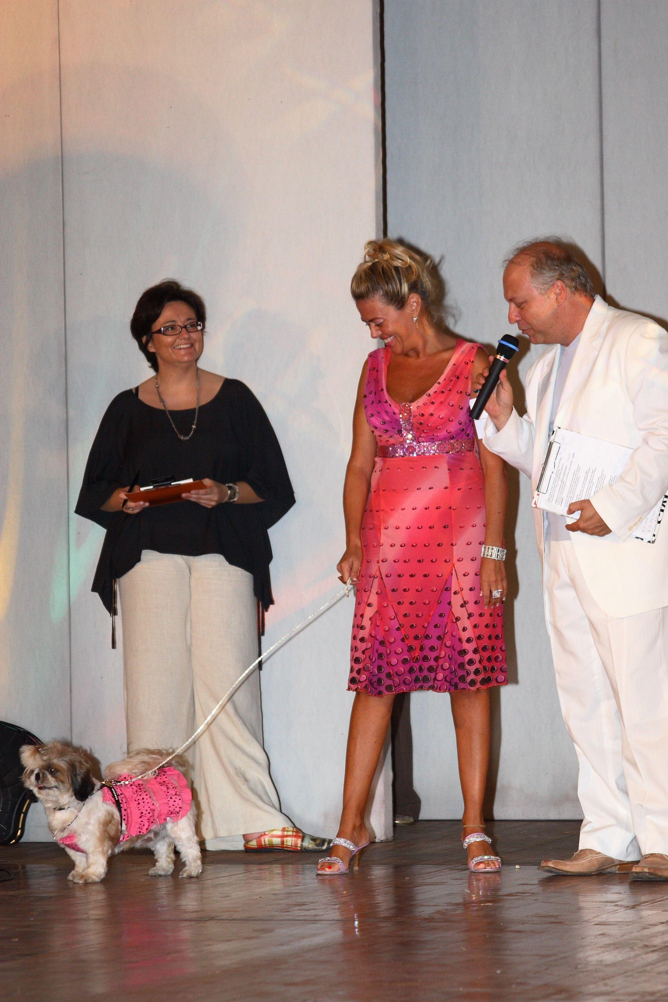 Il Centro Cinofilo organizza sfilate di moda canina